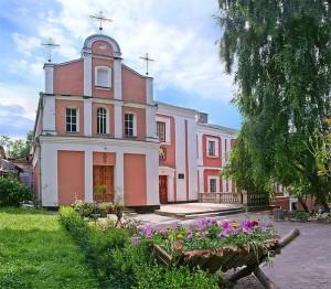 Фасад храму свв. Кирила і Мефодія при ВДС